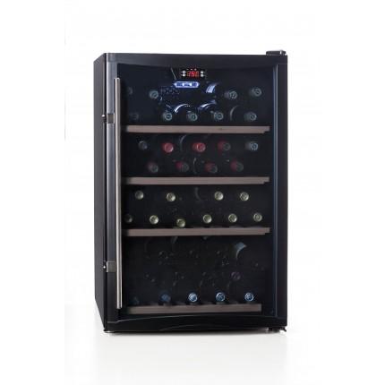 vinoteca 52 botellas cavanova TW052T cerrada llena luz