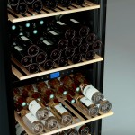 Vinoteca multitemperatura 149 botellas Cavist CAVIST149 detalle bandeja